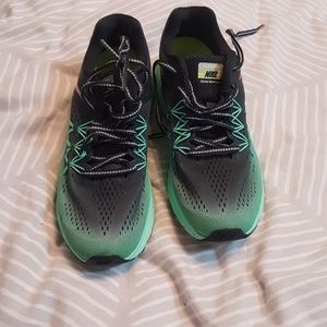 Nike sneakers size 8.5 new